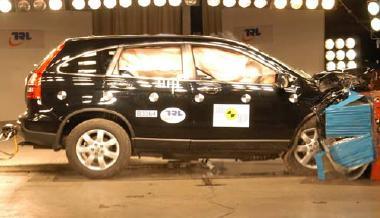 Honda cr v euroncap crashtest mit 4 sternen forum cr v for Honda crv crash test