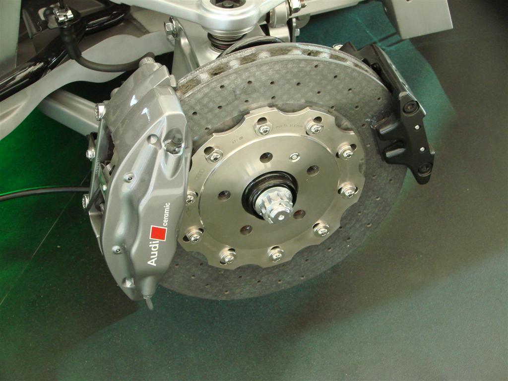 Audi R8 Bremsanlage Bremsscheiben Bild Dsc03930 Large