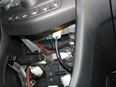 T Steckerzerlegt on 2004 Honda Accord Radio